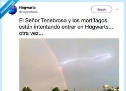 Enlace a El Señor Tenebroso ataca de nuevo, por @Hogwartssite