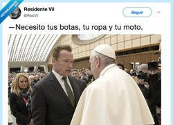 Enlace a PAPANATOR, por @ResiVil