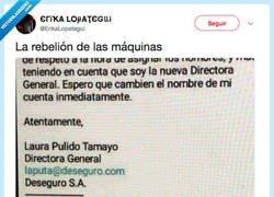 Enlace a LA CASUALIDAD, por @ErikaLopategui