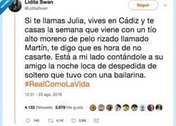 Enlace a Twitter, volcado en encontrar a Júlia, de Cádiz, para decirle que no se case, por @LiditaSwan