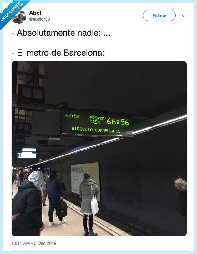 absolutamente nadie,barcelona,extraño,meme,metro,metro barcelona,minutos,raro,tiempo de espera,twitter