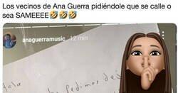 Enlace a Los vecinos de Ana Guerra están hasta los mismísimos de oírla cantar y le han dejado estos mensajes, por @resucitaLilith