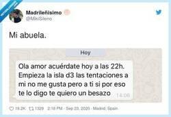 Enlace a  Esto es amor de abuela y el resto son tonterías, por @MikiSileno