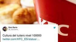 Enlace a El Community Manager de KFC se gana el aplauso de los usuarios gracias a la cruel respuesta que le ha dado a un cliente en la que ha demostrado su gran cultura tuitera