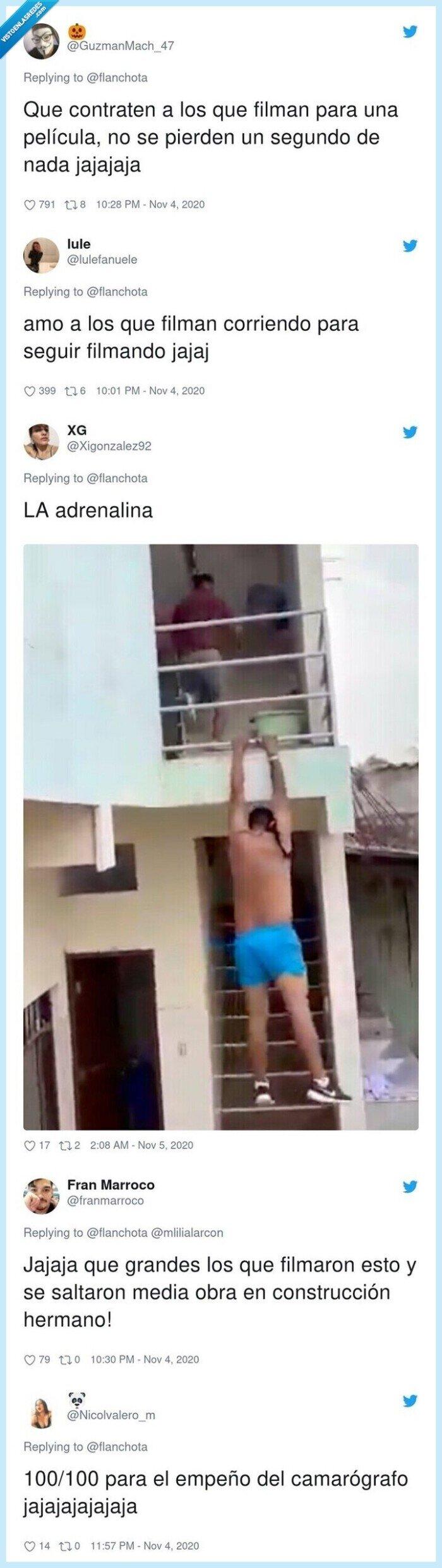 734925 - Graba como el amante de su vecina salta por el balcón tras la pillada del novio y empieza una persecución que podría ser la escena de una película de acción, por @flanchota