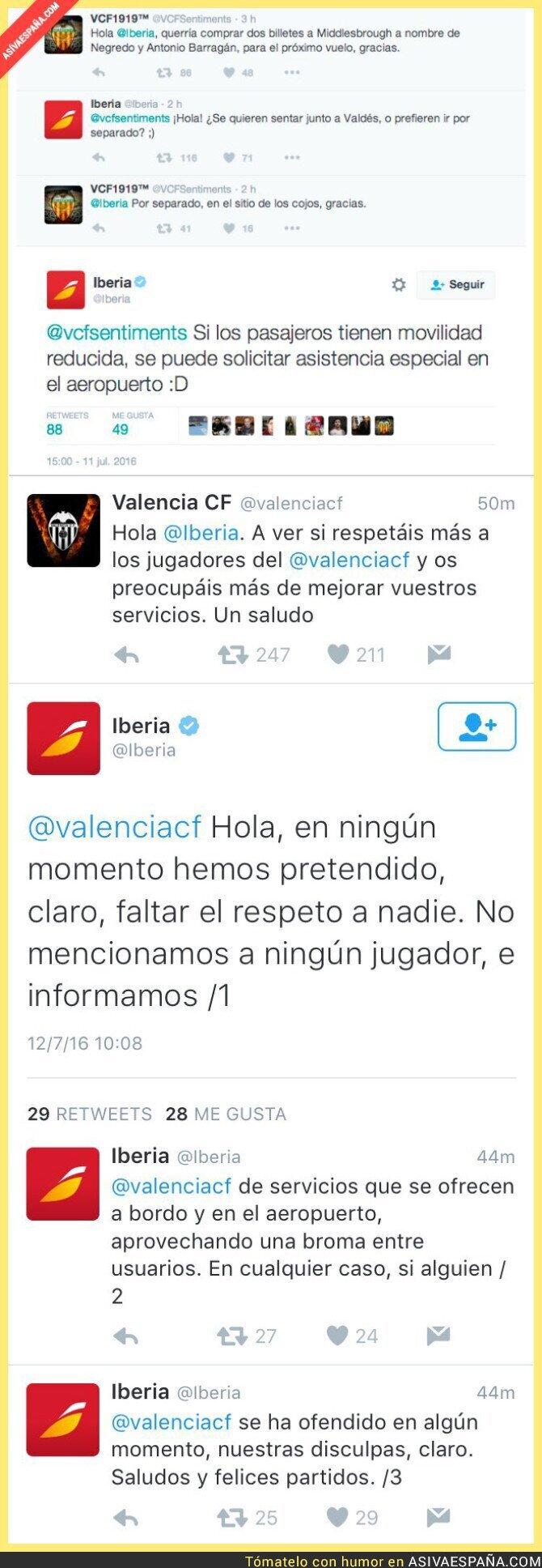 48860 - El Valencia CF se indigna en Twitter tras estos tuits de Iberia buscándole asiento a Negredo