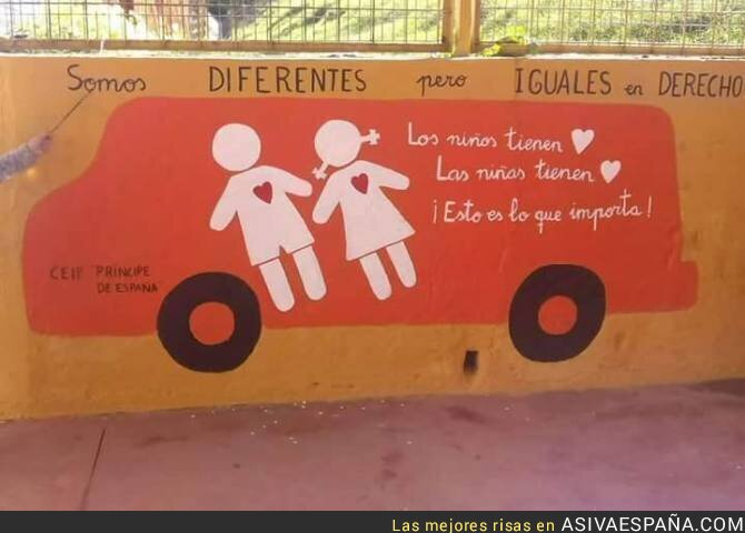 64388 - El gran mural de los alumnos del Colegio Público Príncipes de España de Huelva