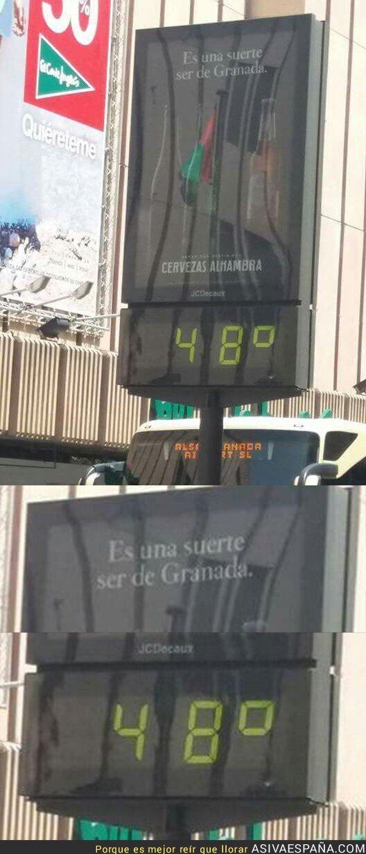 71520 - La publicidad en este termómetro de Granada no es muy afortunada
