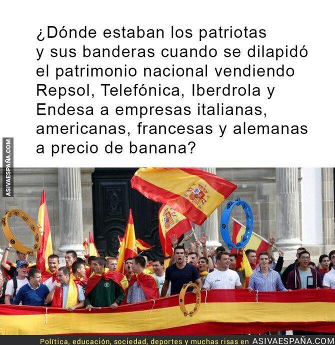 76400 - Patriotas de pandereta