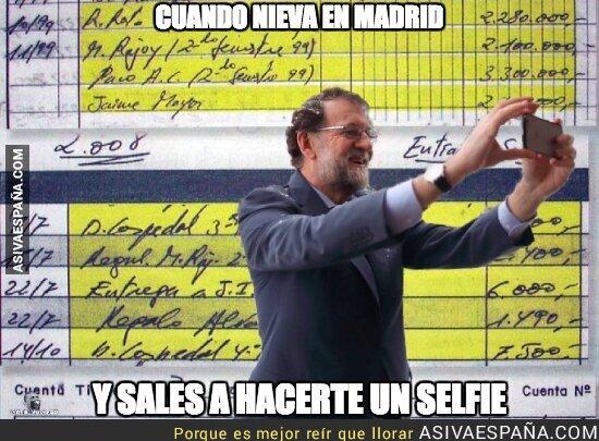 82458 - Nieve en Madrid y Rajoy sale a hacerse una foto