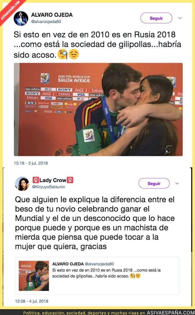 89218 - Álvaro Ojeda critica que este beso de 2010 ahora sería tildado de 'acoso' y se lleva una respuesta que le deja KO