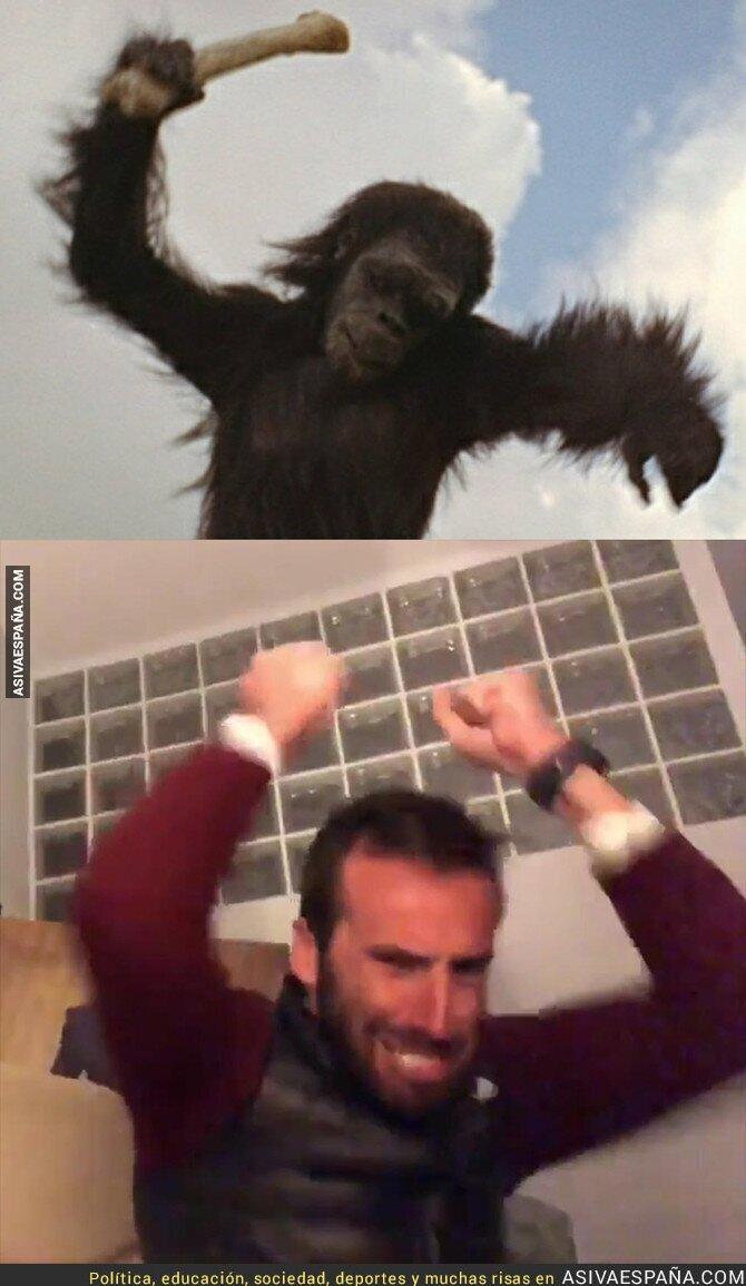 90193 - Venimos del mono claramente