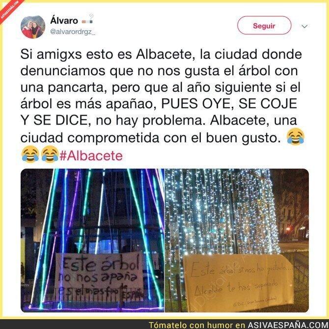 101076 - El alcalde de Albacete si escucha a la gente por Navidad