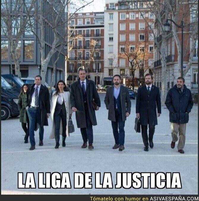 104464 - La Liga de la Justicia visita el Tribunal Supremo