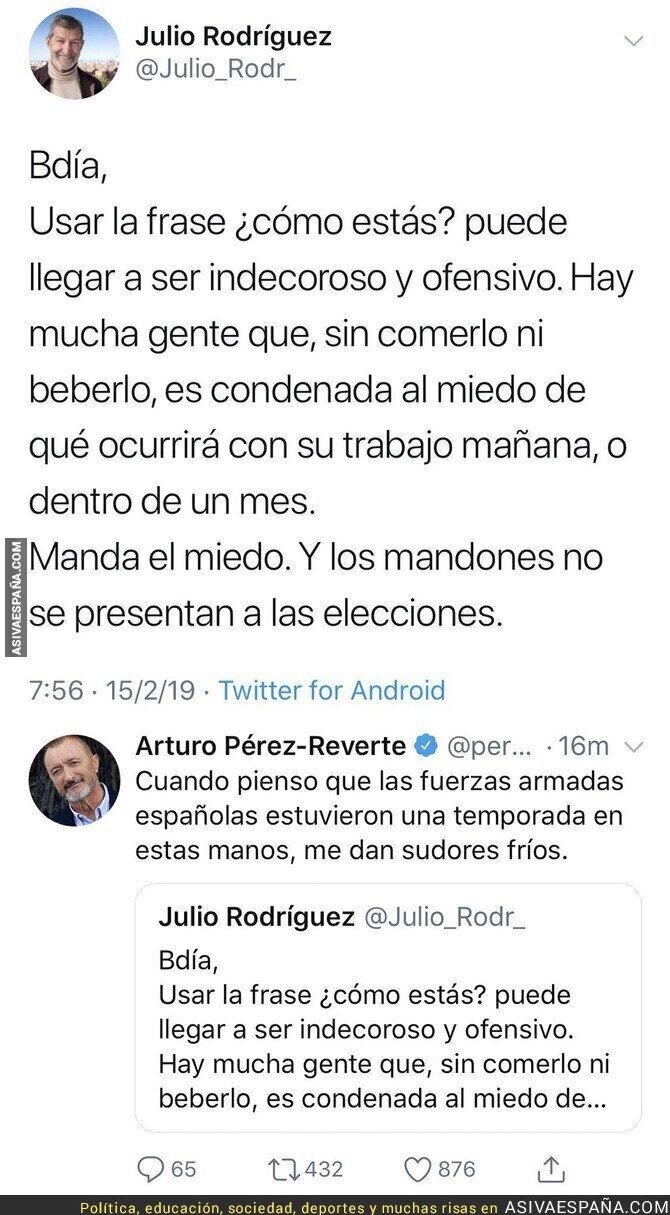 104660 - El comentario de Arturo Pérez-Reverte ante este tuit del Jemad Julio Rodríguez
