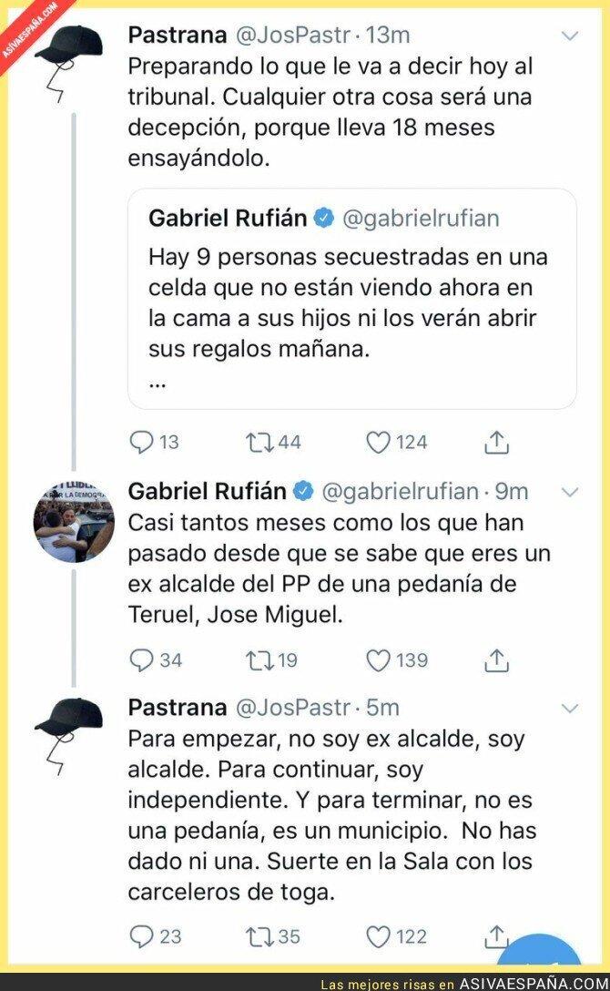 105589 - Gabriel Rufián se metió en la pelea y salió trasquilado