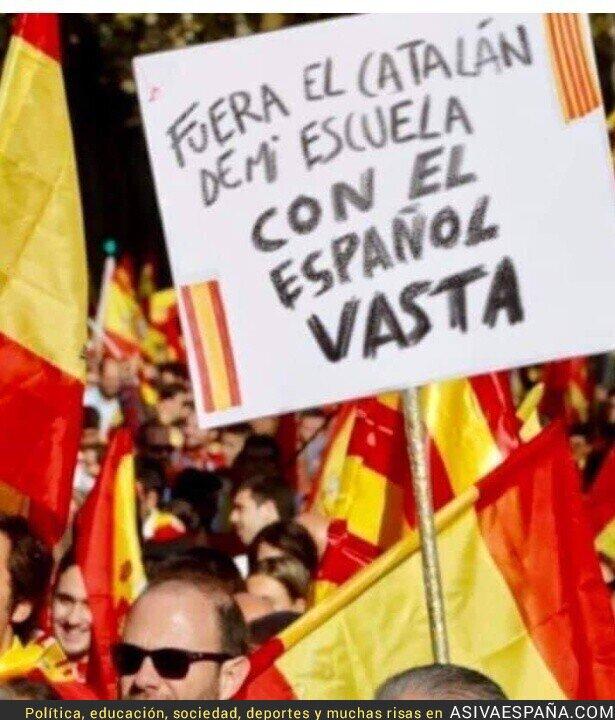 111812 - No saben español van a saber catalán