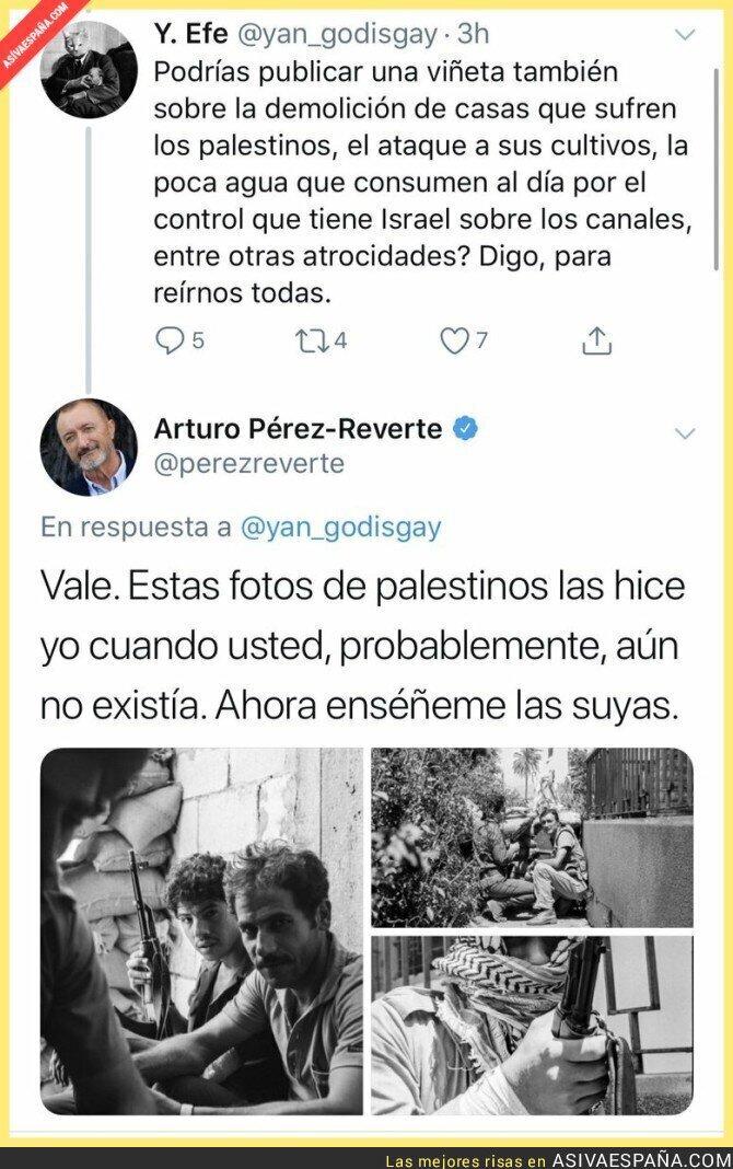 112364 - Arturo Pérez-Reverte callando bocas a lo grande como mejor sabe