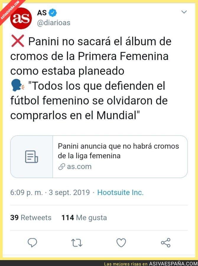 120296 - Ni Marta Nebot compró el álbum del Mundial femenino