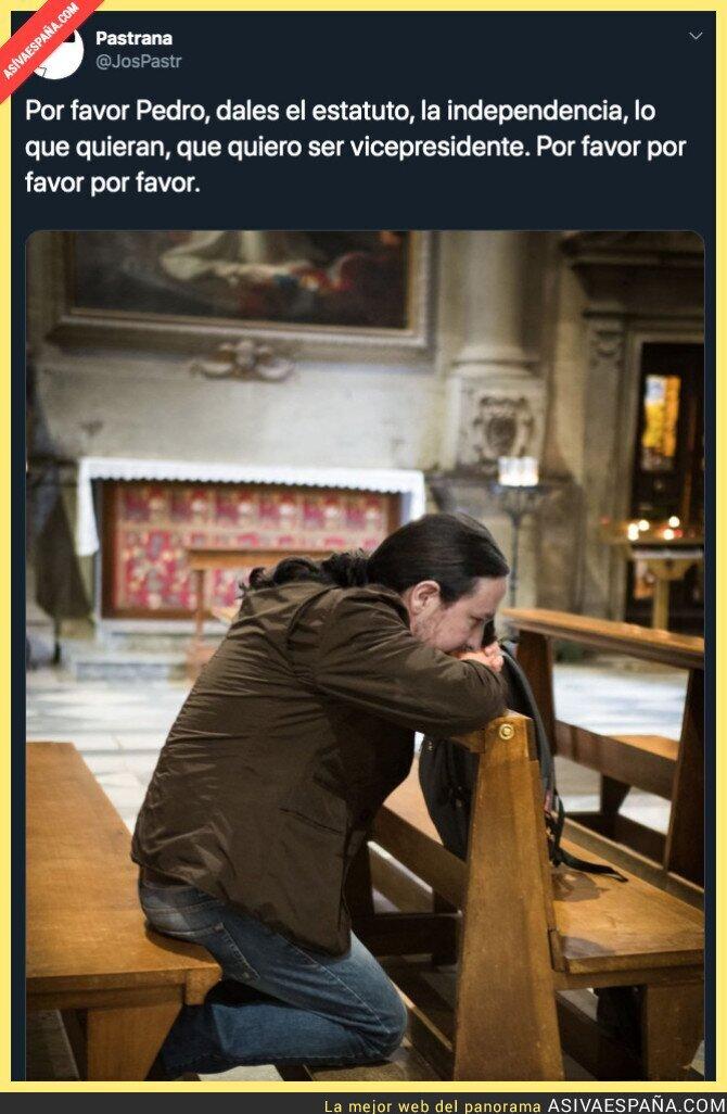 128625 - Pablo está rezando par que todo salga bien