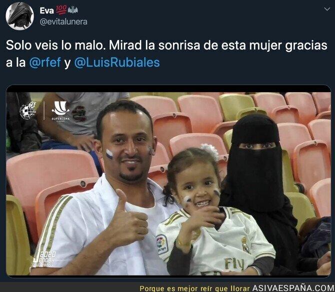 131662 - La felicidad del fútbol español a las mujeres de Arabia Saudí