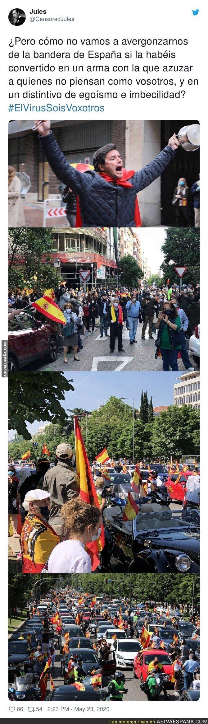 176428 - Este es el uso que le dan a la bandera española por la que a mucha gente ya no le representa