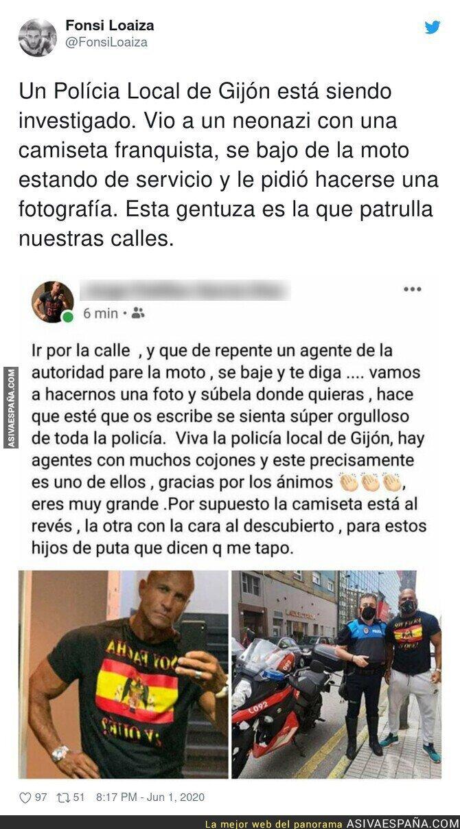 198209 - La polémica imagen de un policía de Gijón que se fotografía junto a un fascista