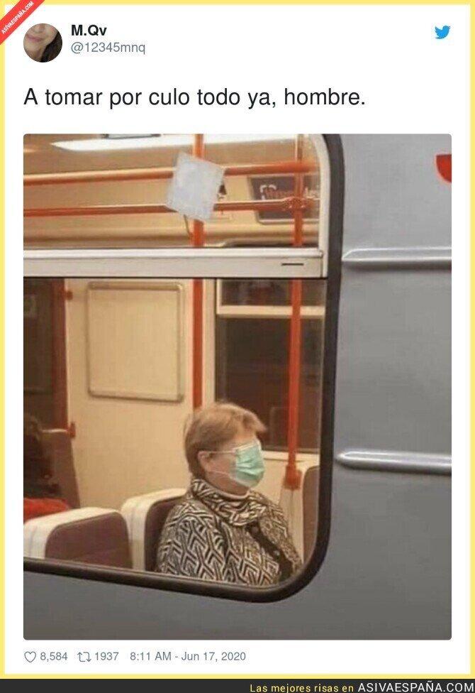 228291 - Esta señora vive en 3020