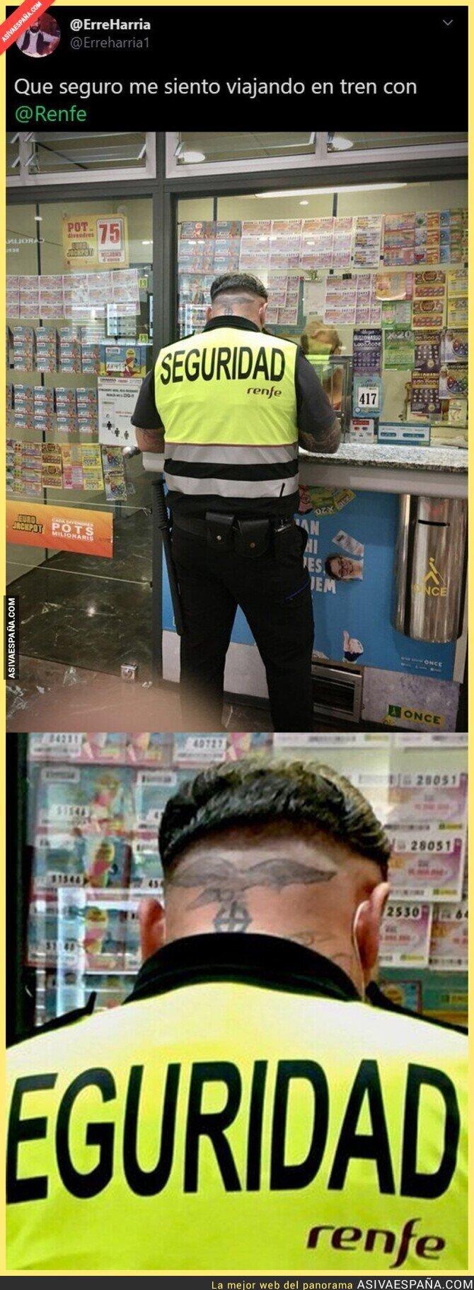 310754 - El polémico tatuaje que tiene este empleado de seguridad de RENFE que está dando muchísimo que hablar