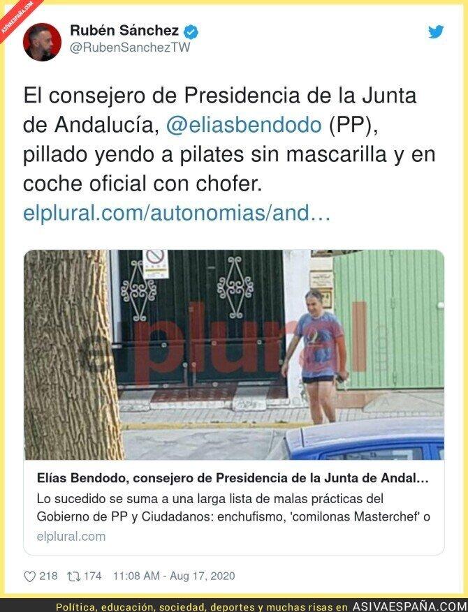325574 - Si llega a ser de Podemos o IU, esta imagen abriría telediarios y portadas de periódicos con toda seguridad