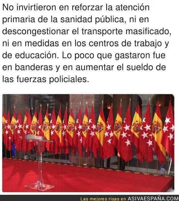 378651 - La inmunidad que crea si te rodeas de banderas de España