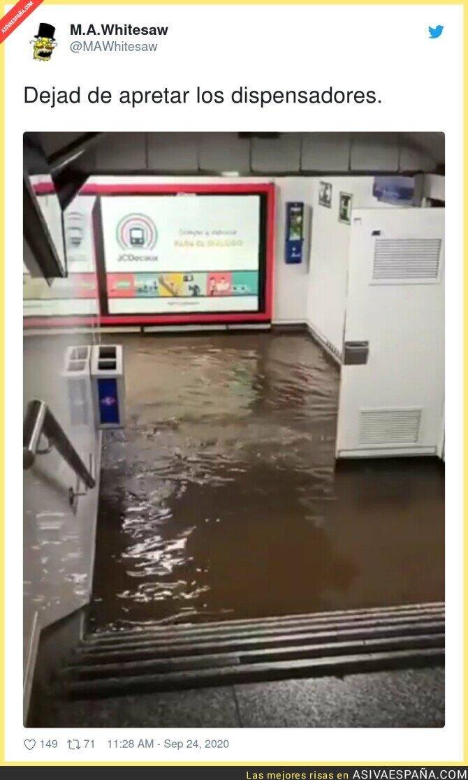 382179 - Menuda liada en el Metro de Madrid