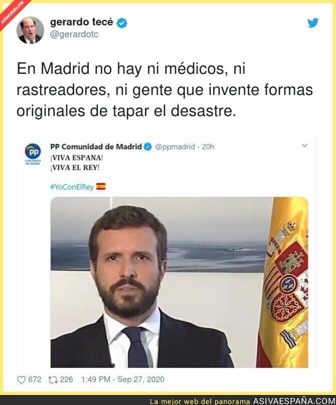 387514 - Nada como tapar algo con un VIVA ESPAÑA Y EL REY con una bandera