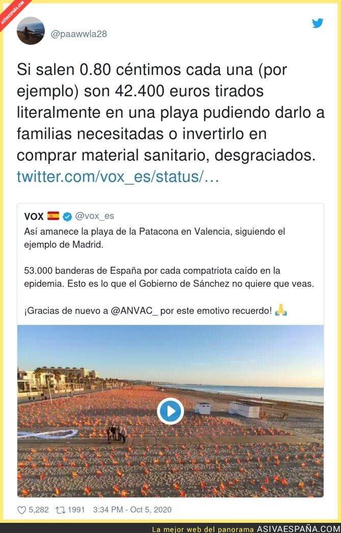 401334 - 53.000 trozos de plástico tirados en una playa