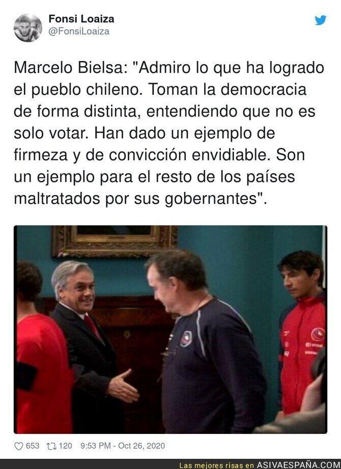 435786 - Marcelo Bielsa admira al pueblo chileno