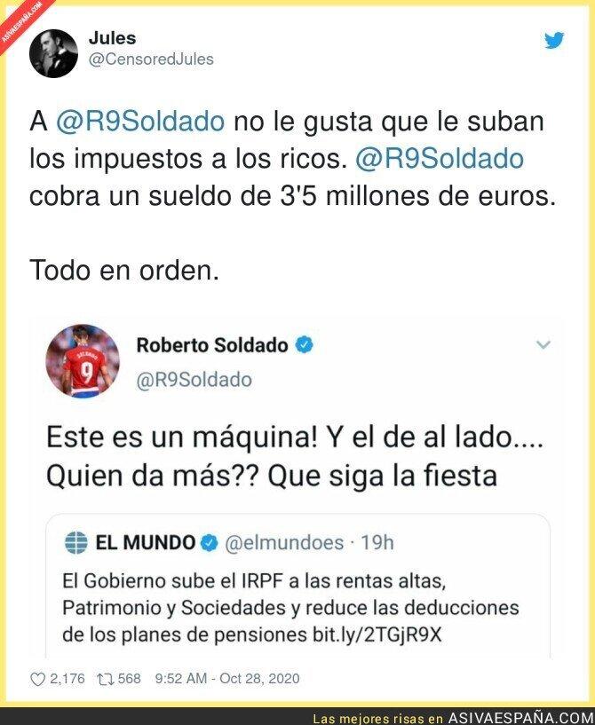 438576 - El patriota de pacotilla de Roberto Soldado