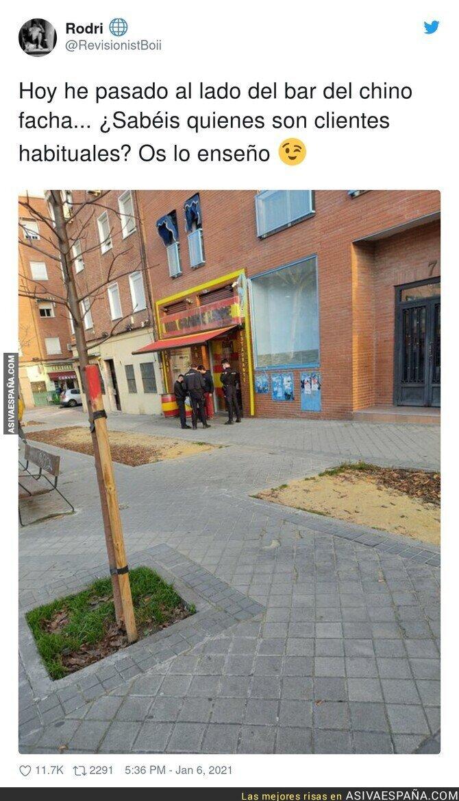 538069 - Así sostiene su negocio el bar del chino facha
