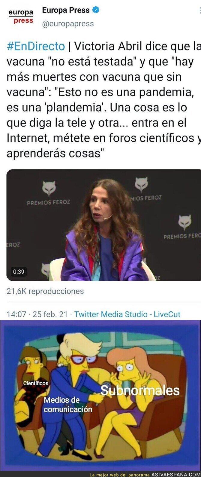 621100 - Victoria Abril otra conspiranoica más