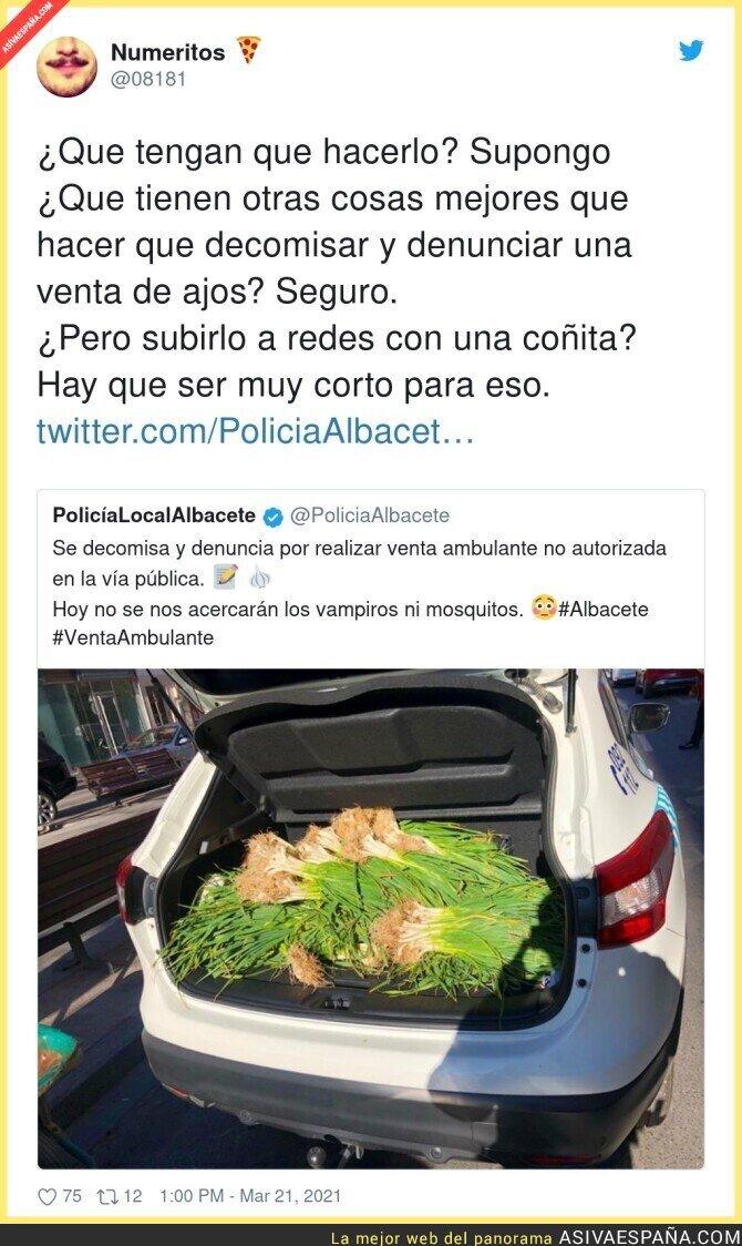 658043 - La Policía Local de Albacete se convierte en un meme