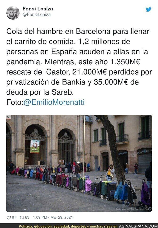 670531 - No hay que irse a Venezuela para ver colas del hambre