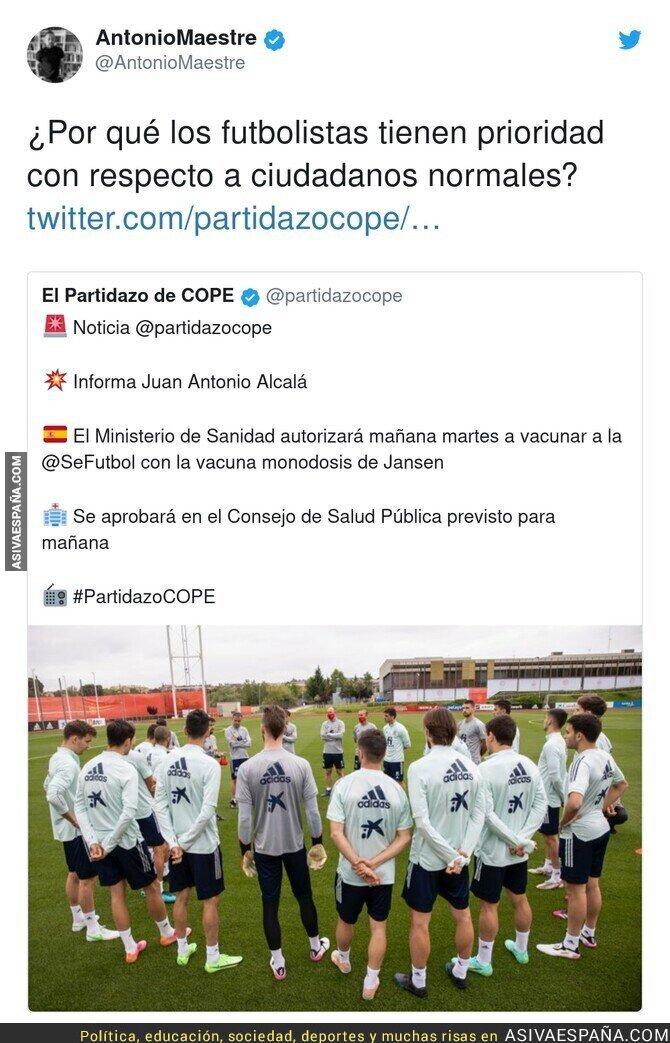 789934 - Polémica con la vacunación a la selección española