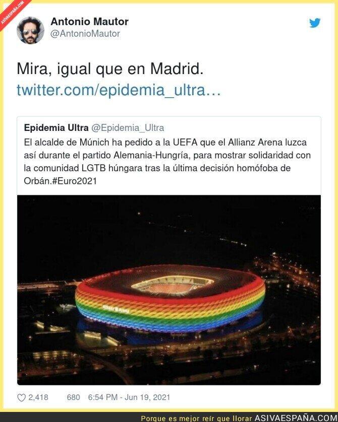 804928 - En Madrid pondrían las luces con la bandera de España de Navidad