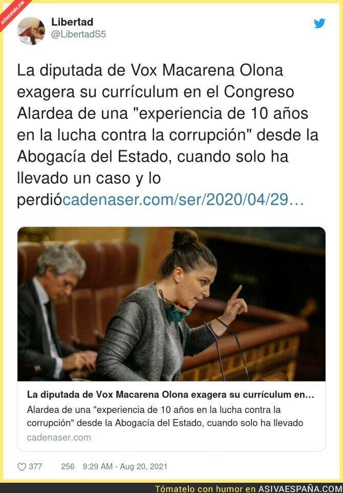 880483 - Macarena Olona se inventa su currículum