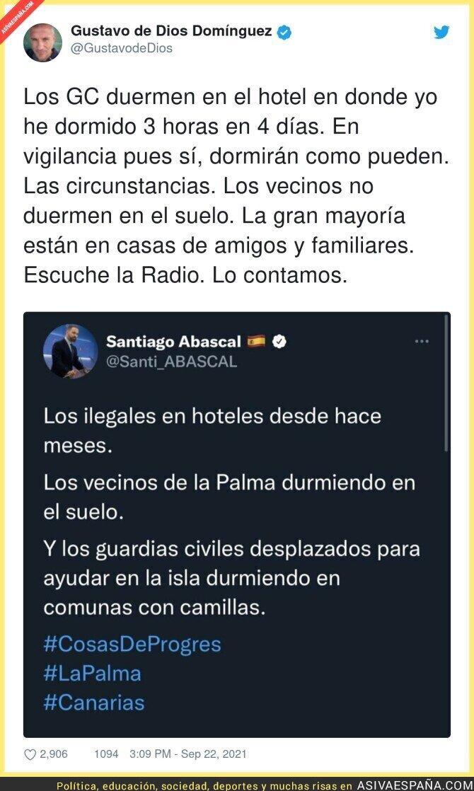 915454 - El giro -esperado- de Santiago Abascal para terminar culpando a los inmigrantes sobre el volcán de La Palma