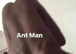 Enlace a La derrota de Thanos explicada gráficamente con humanos