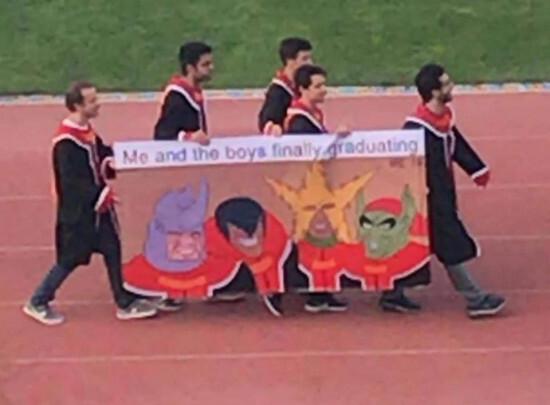 Meme_otros - Los chicos y yo graduándonos