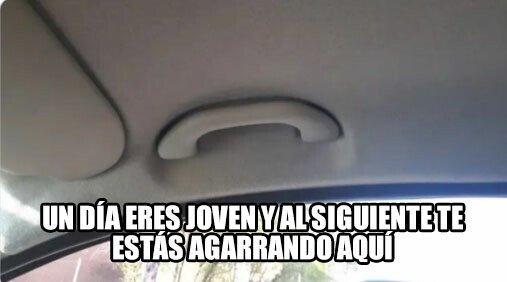 Meme_otros - Mi madre empieza a gritar sin haber arrancado el coche aún