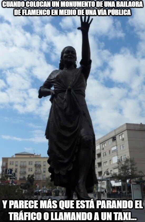 Meme_otros - Igual el lugar no ha sido el más apropiado para este monumento...
