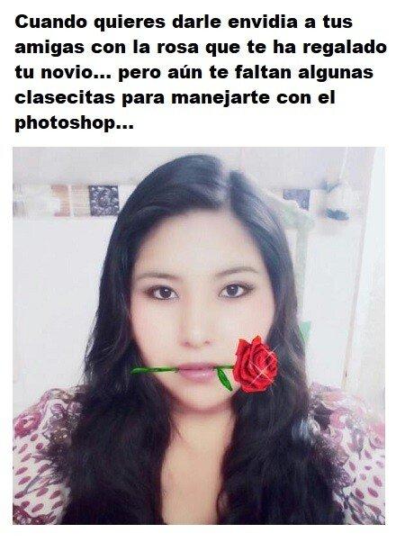 Meme_otros - Esa rosa que te ha regalado tu novio no parece muy creíble...