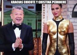 Enlace a Bonito detalle el que tuvieron en las campanadas Chicote y Cristina Pedroche...
